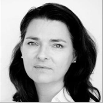 Dr Christine Martin